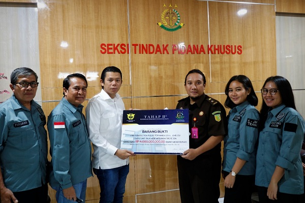 Kantor Wilayah Bea Cukai Jakarta Serahkan 130 Ton Miras ke Kejaksaan