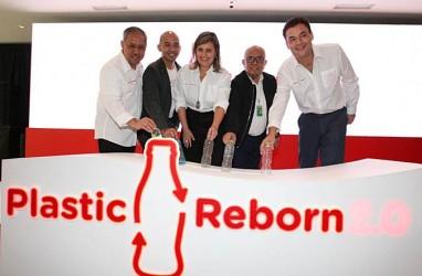 TEKNOLOGI PRODUKSI : Coca-Cola Pangkas Plastik di Kemasan