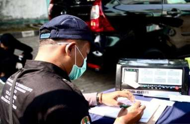 Atasi Polusi Udara Jakarta, Anies Naikkan Tarif Parkir