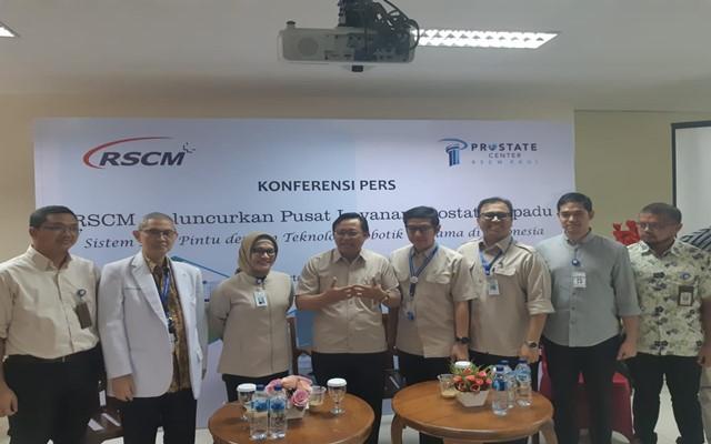 Konferensi pers peluncuran Pusat Layanan Prostat Terpadu RSCM, di Jakarta, Senin (5/8 - 2019)