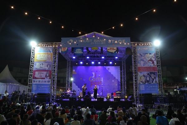 Penampilan Spektakuler dari PASKI (Komeng, Jarwo Kwat, Narji, Opi Kumis dll) di JICOMFEST 2019