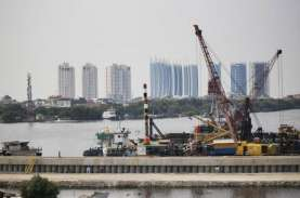 Proyek Jalan Tol di Atas Tanggul Raksasa Teluk Jakarta…