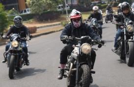 Moto Guzzi V85TT Mejeng di Ajang Custom Bike SAIME 2019