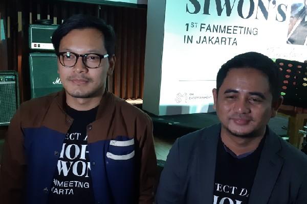 Bimo Nugroho Program Director GUDlive dan Rahmat Permadi perwakilan SM Entertainment saat ditemui di HardRock Cafe, Jakarta Pusat pada Selasa (6/8 - 2019)
