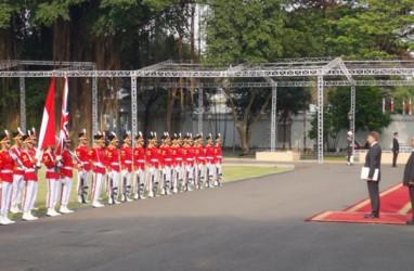 12 Duta Besar Baru Lapor ke Jokowi, Dubes Turki Mahmut Erol Kilic Lupa Bersalaman