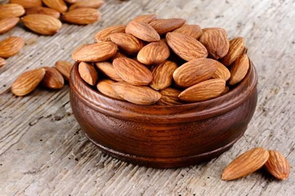 Almond - Istimewa