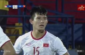 AFF U18: Vietnam Hajar Singapura 3-0. Kursi Runner-up Grup B Kian Panas. Ini Videonya