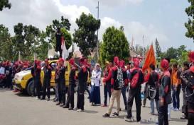 Buruh Demo Minta Pengadilan Hubungan Industrial Hadir di Batam