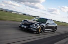 Mobil Listrik Porsche Taycan Segera Dirilis