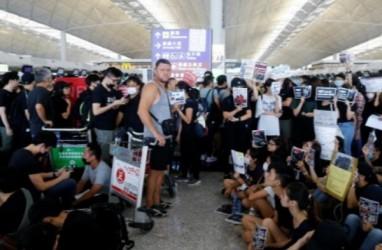 200 Penerbangan Dibatalkan Meski Bandara Hong Kong Beroperasi