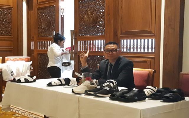 Soft Launching SHL Shoe dari Dokter Syarief Hasan Lutfie di Jakarta, Rabu (14/8/2019) - Bisnis/Syaiful M