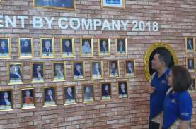Ketua Dewan Pengurus AAJI Budi Tampubolon : Merangsang…