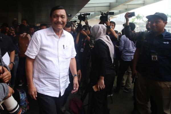 Menteri Koordinator Bidang Kemaritiman Jenderal TNI (Purn) Luhut Binsar Panjaitan tiba di Djakarta Teater, Jakarta, Rabu (17/4/2019)./JIBI - Bisnis/Abdullah Azzam
