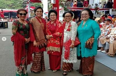 5 Gaya Srikandi Jokowi di HUT Kemerdekaan ke-74 RI