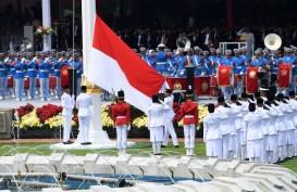 Petugas Upacara Penurunan Bendera Merah Putih Bersiap di Istana Merdeka, Siapa Saja Mereka?