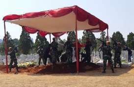 Pemakaman Menteri PU Suyono Sosrodarsono