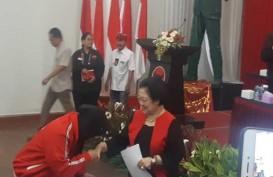 Risma Jadi Ketua Bidang Kebudayaan PDIP, Alasannya Sukses di Surabaya
