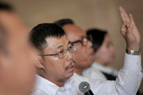 Direktur Keuangan PT PP Agus Purbianto memberikan penjelasan pada jumpa pers di Jakarta, Senin (30/10). - JIBI/Nurul Hidayat
