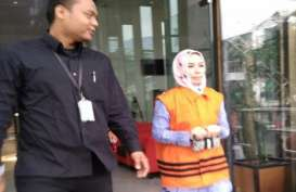 Kasus Suap Bowo Sidik : Hakim Tipikor Jatuhkan Vonis 1,5 Tahun Penjara ke Asty Winasty