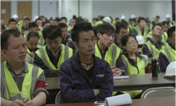Salah satu scene American Factory. Sumber: Reuters