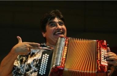 Akordeon Meksiko Celso Pina Meninggal di Usia 66 tahun