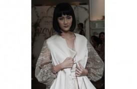 Simple dan Elegan, Busana Pesta Pernikahan Pantai dari Dinar Amanda