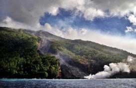 Gunung Karangetang Semburkan Lava Panas, 17 Keluarga Dievakuasi