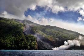 Gunung Karangetang Semburkan Lava Panas, 17 Keluarga…