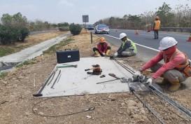 Pemasangan Tali Baja di Median Jalan Tol Cikopo Selesai Oktober