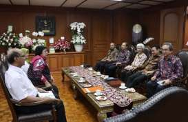 Organisasi Insinyur se-Asean Berikan Penghargaan kepada Jokowi
