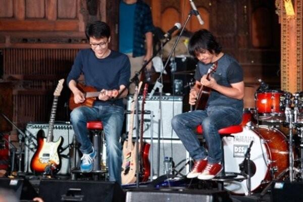 Tohpati dan Dewa Budjana siap kolaborasi dalam konser bertajuk Janapati in Concert with Orchestra. - Ilustrasi/TEMPO