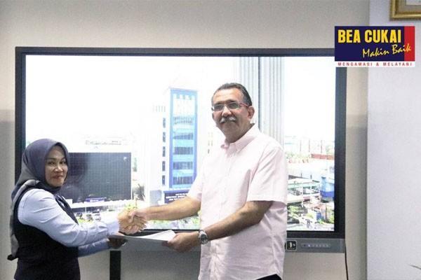 Dorong Investasi dan Ekspor Jateng, Bea Cukai Berikan Fasilitas Kawasan Berikat Ke-17