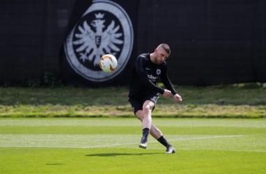 Milan & Frankfurt Bertukar Ante Rebic & Andre Silva