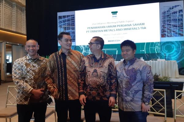 Jajaran Direksi PT Trinitan Metals and Minerals Tbk. seusai due diligence meeting & public expose, Selasa (3/9/2019). - Bisnis/Muhammad Ridwan