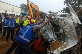 Kecelakaan Maut Tol Cipularang: Video Detik-Detik…