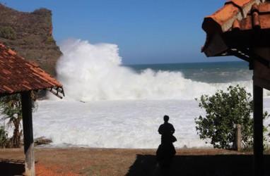 Lingling Pemicu Gelombang Tinggi di Sejumlah Perairan