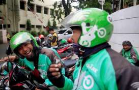 'Pisang Goreng Madu Bu Nanik', Saksi Pertarungan Gojek dan Grab