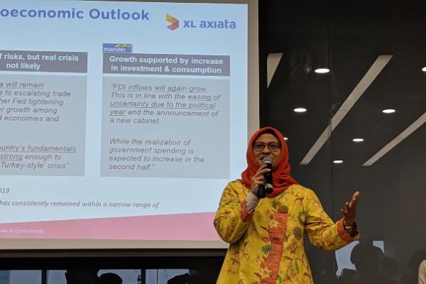 Presiden Direktur & CEO PT XL Axiata Tbk. (EXCL) Dian Siswarini menyampaikan paparan dalam media update, Kamis (5/9/2019). - Bisnis/Duwi S. Ariyanti