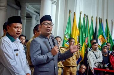 Setahun Pimpin Jabar, Ini Daftar Kritik untuk  Ridwan Kamil dan Uu