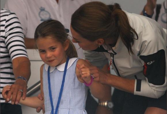 Putri Charlotte, anak dari Pangeran William dan Kate Middleton, mulai sekolah pada hari Kamis (5/9/2019). Dia bergabung dengan kakaknya, Pangeran George di Sekolah Thomas Battersea di London barat daya. - Reuters