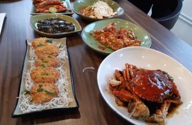Menikmati Aneka Menu Nusantara di Pesisir Seafood Meruya
