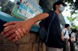 Dukung Demonstran, Siswa Sekolah Hong Kong Bentuk 'Rantai Manusia'