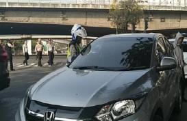 Sanksi Ganjil Genap Dimulai, Anies Minta Warga Gunakan Angkutan Umum