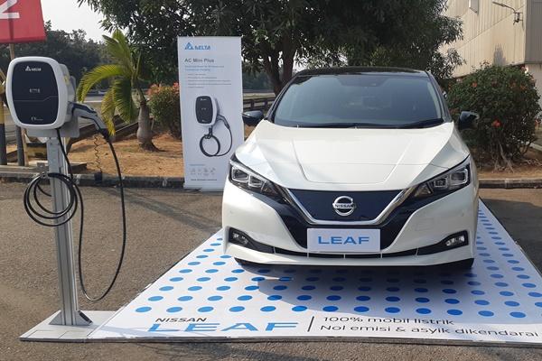 Nissan Leaf - Bisnis/Aprianus Doni Tolok