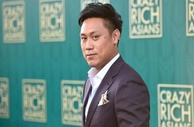 Blak-blakan Sutradara Crazy Rich Asians soal Hengkangnya Penulis Skenario karena Upah