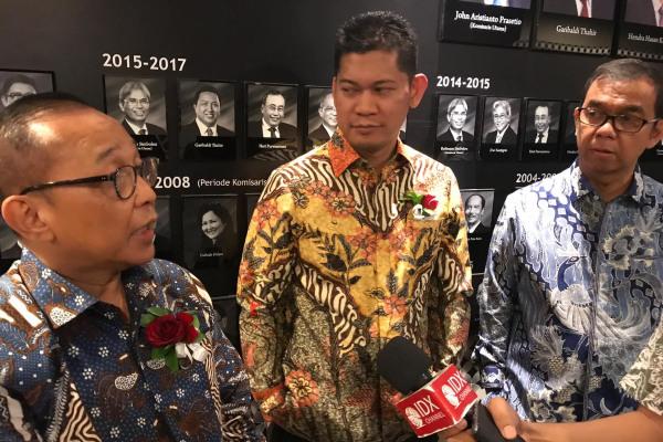 Jajaran Direksi PT Citra Putra Realty Tbk. seusai RUPSLB, Senin (9/9/2019). - Bisnis - Pandu Gumilar