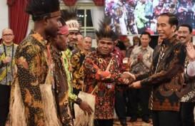 Gunakan Kewenangan, Presiden Jokowi Paksa BUMN Rekrut Lulusan asal Papua