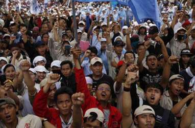 Buruh Batam Demo Tolak Revisi UU Ketenagakerjaan