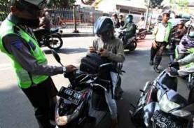 Aparat Sita Puluhan Sepeda Motor & Senjata Tajam di…