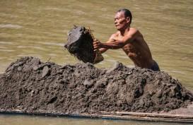 Pencemaran Air Sungai Bengawan Solo Tergolong Berbahaya